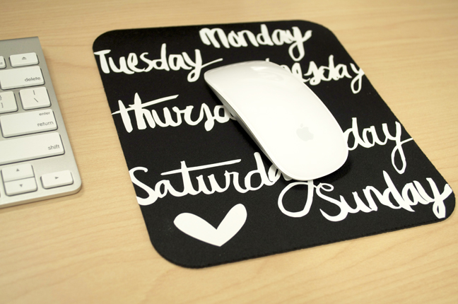 DIY-days-of-the-week-mousepad